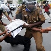 Dokumentation: Polizei-Folter ist eine Epidemie in Sri Lanka
