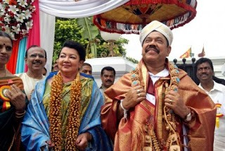 rajapakse-and-shiranthi